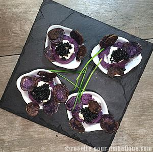 puree-vitelotte-caviar