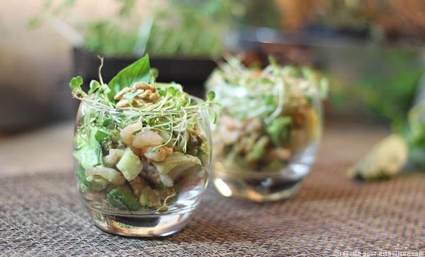 salade-avocat-crevettes-noix