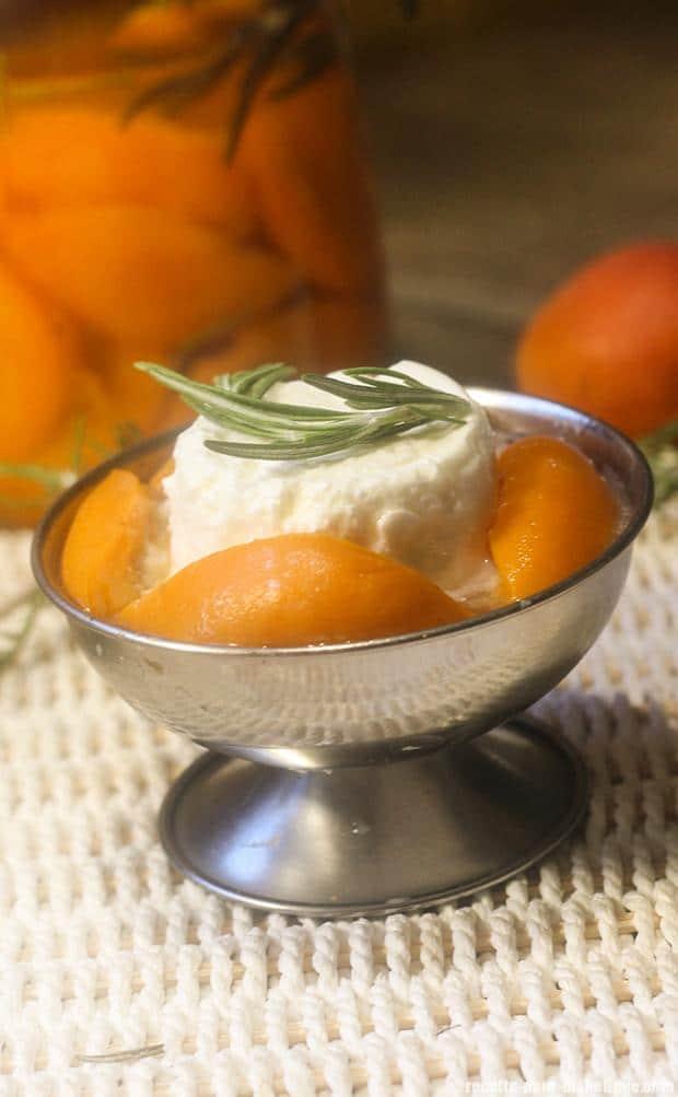 abricot-romarin-faisselle