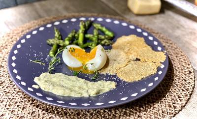 asperges-chips-parmesan