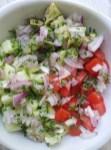 salade détox concombre tomates avocat (3)