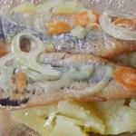 Filets de harengs et pommes de terre tièdes© par Fanny GRW - Recettes d'ici et d'ailleurs