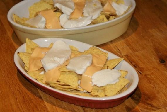 nachos au cheddar et mozzarella  - Cuisine Tex-Mex © par Fanny GRW - Recettes d'ici et d'ailleurs