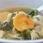 Mothup soup - Recette de soupe tibétaine aux raviolis - Cuisine tibétaine © par Fanny GRW - Recettes d'ici et d'ailleurs