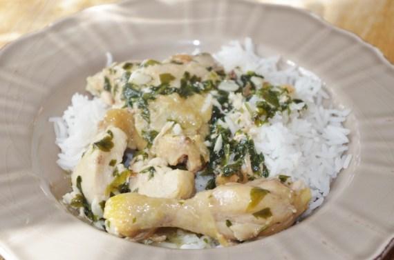 Poulet à l'ail servi avec du riz- Recette de bistro © par Fanny GRW - Recettes d'ici et d'ailleurs