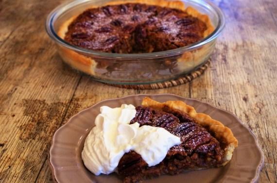 Pecan pie - tarte aux noix de pecan  - Cuisine américaine  © Recettes d'ici et d'ailleurs