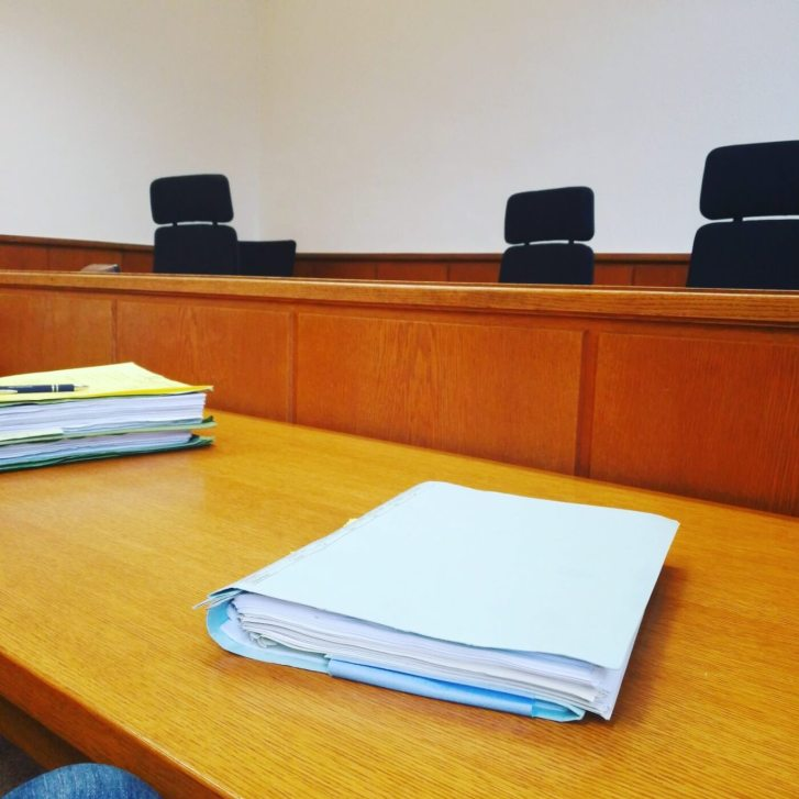 Klageverfahren: Ablauf, Fristen, Verhandlung und Urteil 1