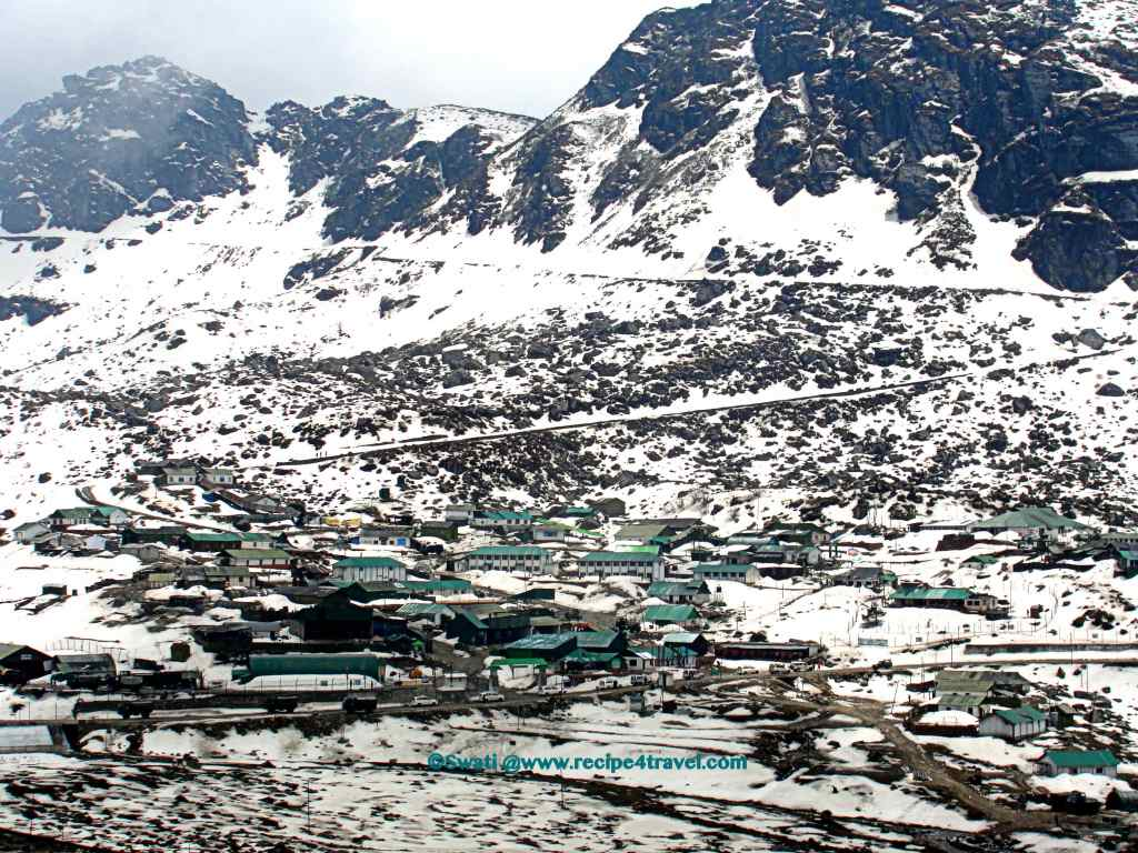 View of trade town enroute to Nathu La