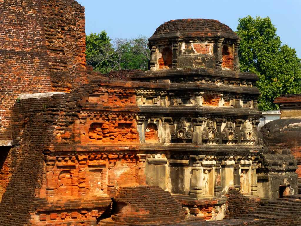 One of the towers in the ruins of Nalanda Photo Credit: Anandajoti via Compfight cc