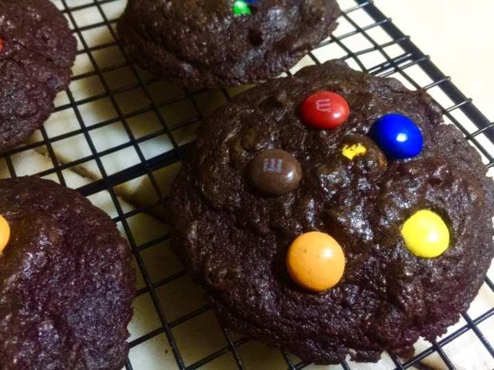 Chocolate chip M&M cookies recipe