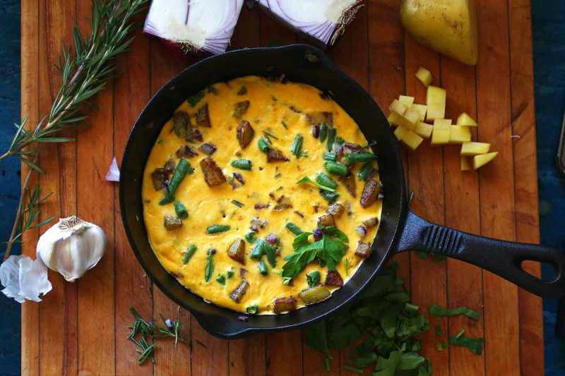 Green Bean Frittata or: How I learned to ditch the binge and love the bomb