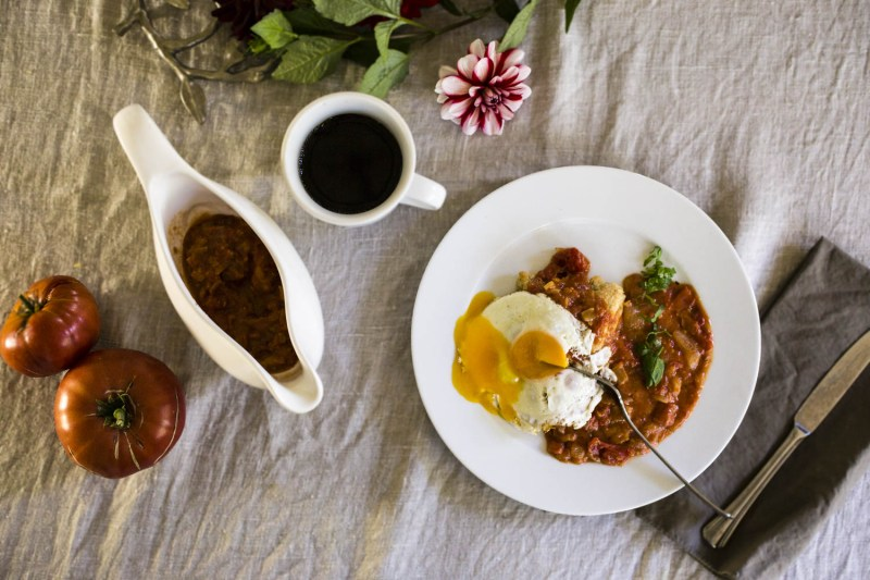 Fall Tomato Gravy with biscuits and eggs