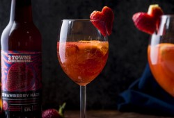 Quick Strawberry Hard Cider Sangria
