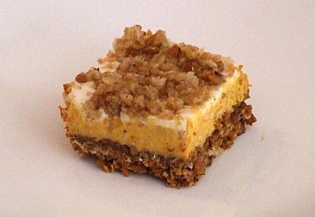 Pumpkin Cheesecake Crumble Squares