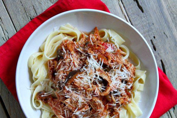 Slow Cooker Chicken Cacciatore recipe - by RecipeGirl.com
