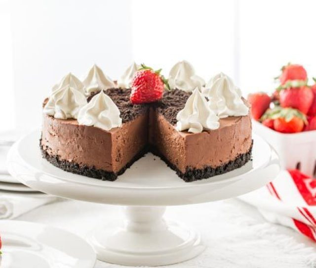 No Bake Baileys Chocolate Cheesecake On A Cake Stand