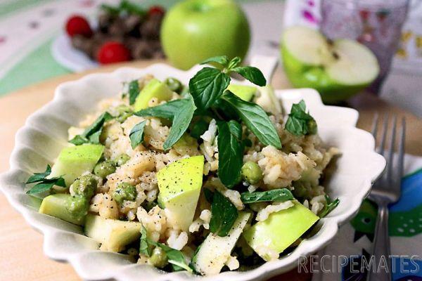 Elmalı Pirinç Salatası