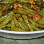 http://www.recipesaresimple.com/stir-fried-long-beans-achinga-payar-mezhukkupuratti/