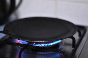 How to make Dosa and Dosa Batter - heat tawa