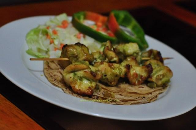 Green Chicken Kebabs with Cottage Cheese - Hairyali Murgh Paneer Tikka 1