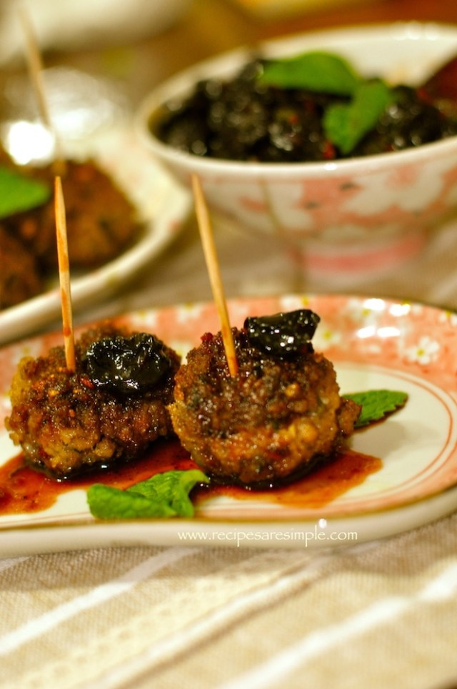 meatballs with sweet and sour cheery sauce 3