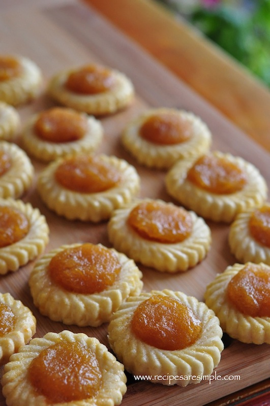 Pineapple Tart with pineapple filling