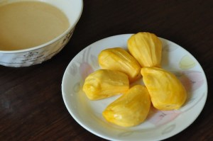 jackfruit fritters - slice