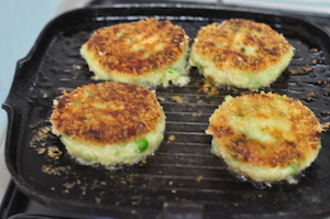 aloo tikki burger - patties