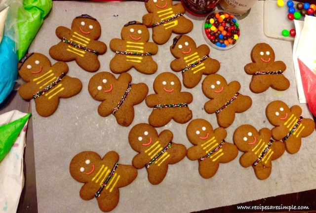 gingerbread man recipe with decoration