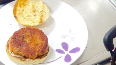 Bbq Chicken Burger with Homemade Barbecue Sauce 30