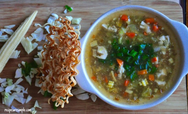 how to make Vegetable and Chicken Manchow Soup