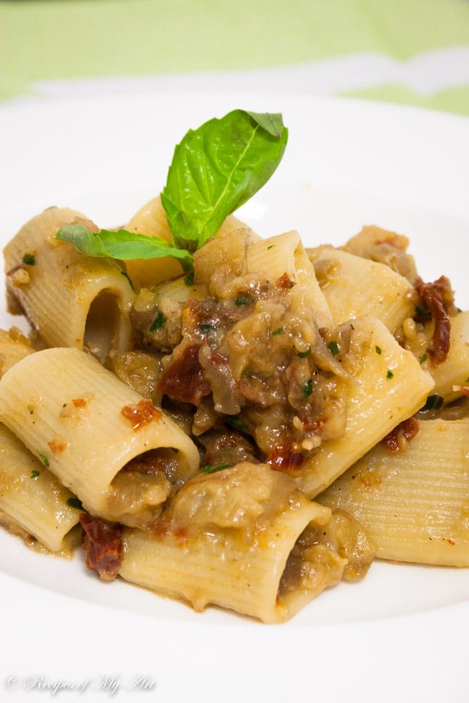 Aubergine Sundried Tomato Pasta-4