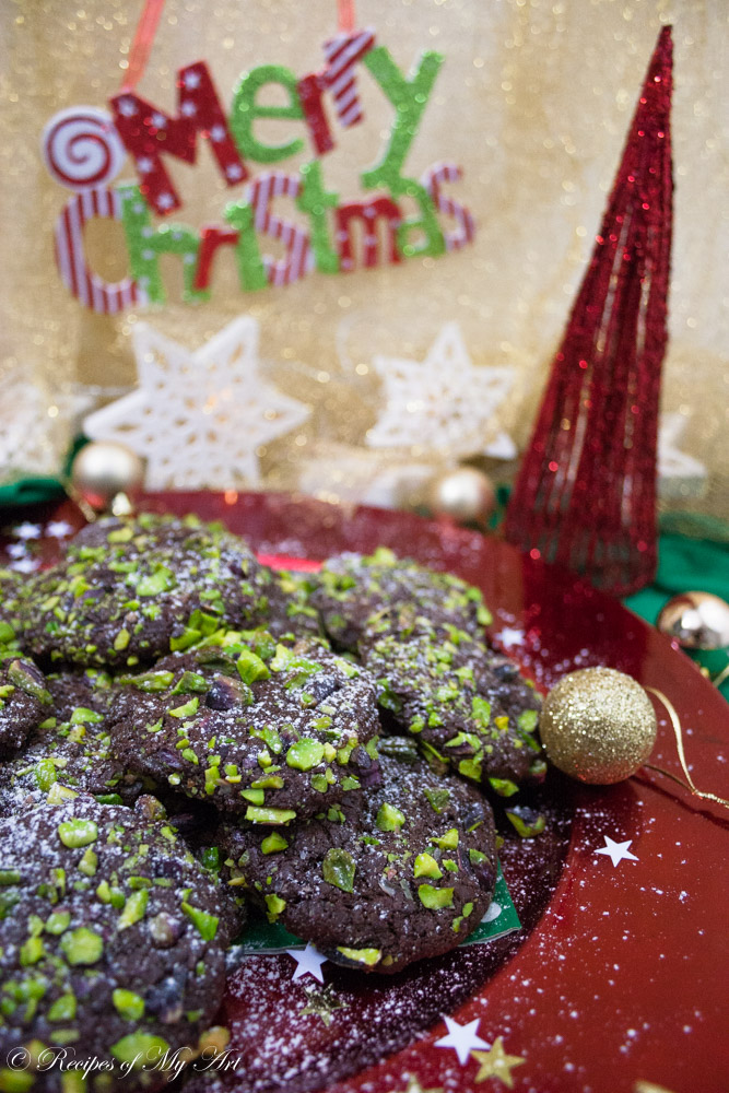 Chocolate and Pistachio Cookies