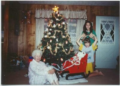 christmas-93-mom-sara-crissy-#2