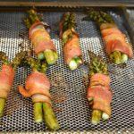 Air frying asparagus