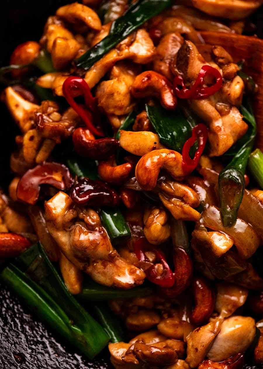 Close up photo of Thai Cashew Chicken Stir Fry