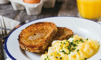 Soft Scrambled Eggs with Goat Cheese