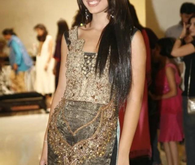 Pakistani Supermodel Pakistani Actress Pakistani Wallpapers Lollywood Pakistani Sexy Muslim Model