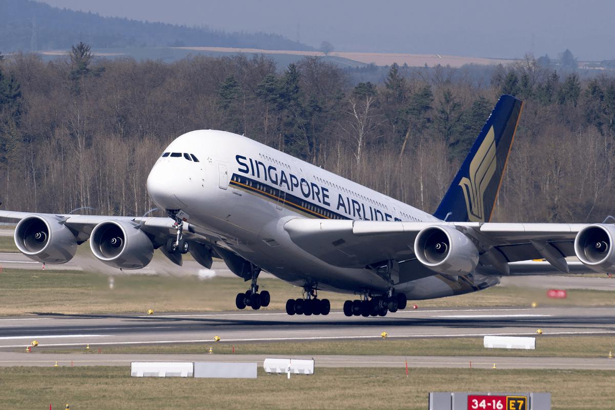avión de singapore airlines, la mejor compañía de lujo para viajar en primera clase