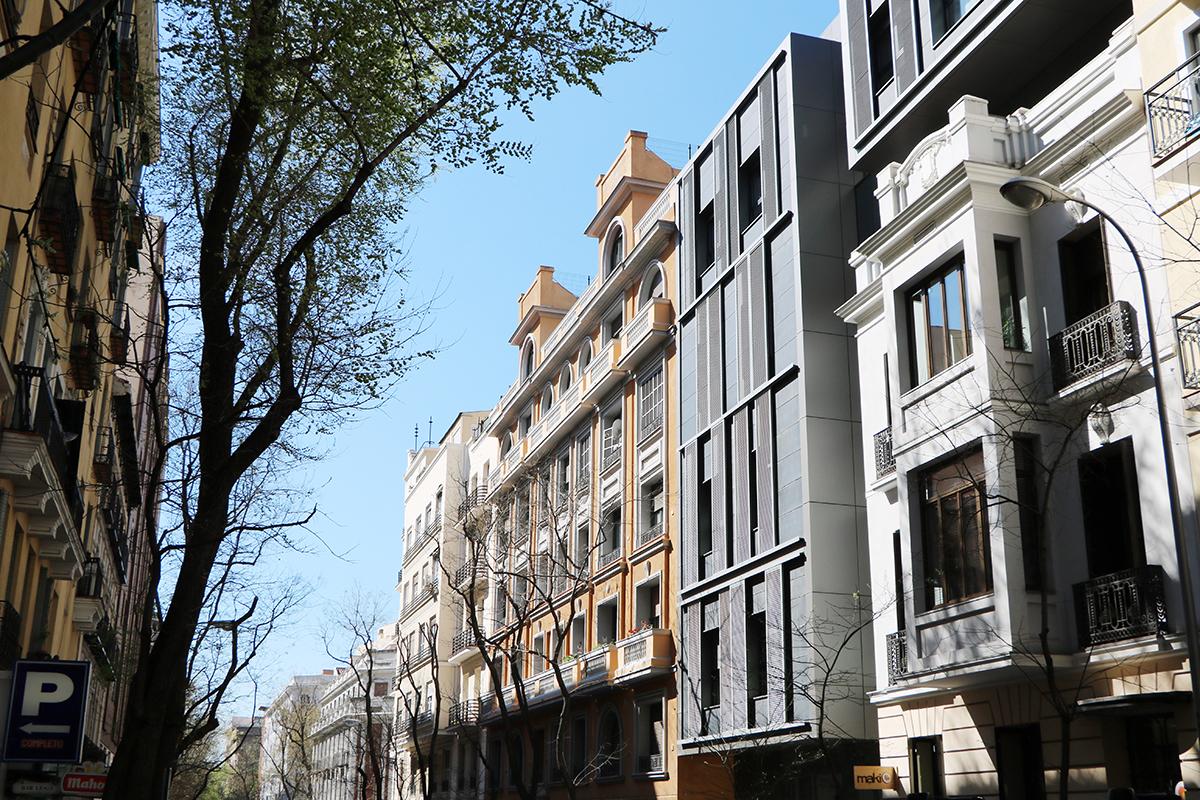 edificio del centro de madrid afectado por las cláusulas suelo. foto de reclamador.es