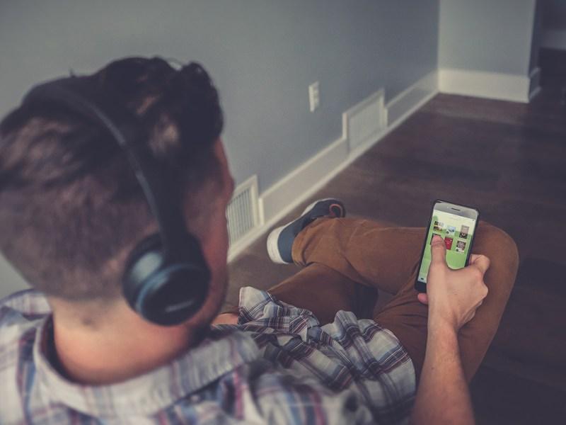 ¿Cómo saber si tienes adicción al móvil?