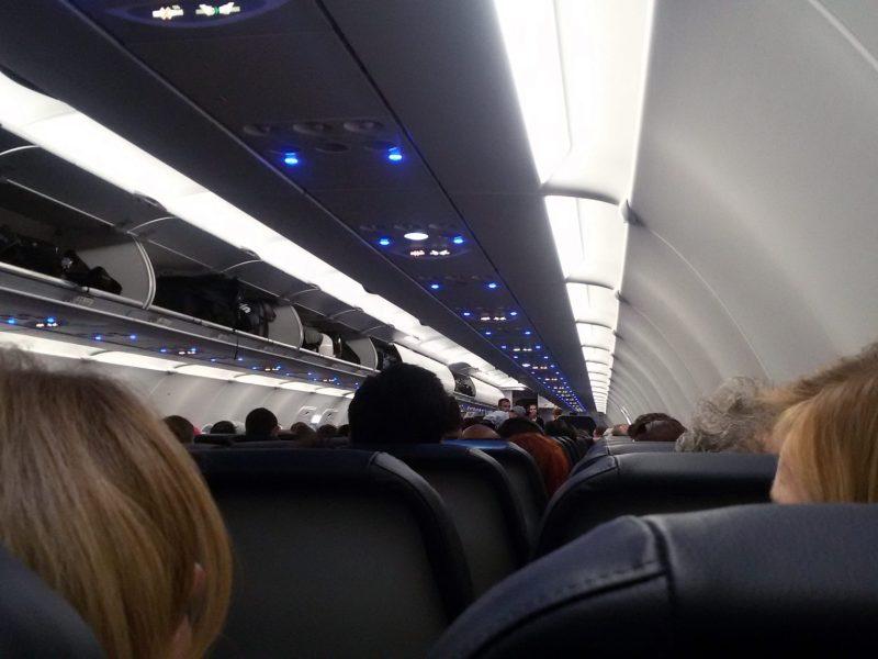 ¿Cuándo podemos reclamar el retraso de un vuelo?