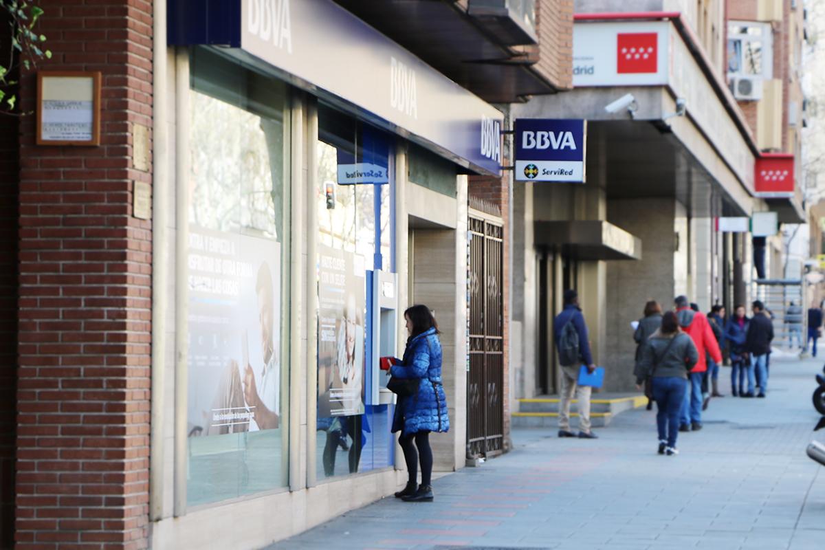 Abusos de bancos para aplicar el decreto sobre cl usulas suelo for Acuerdo del gobierno clausula suelo