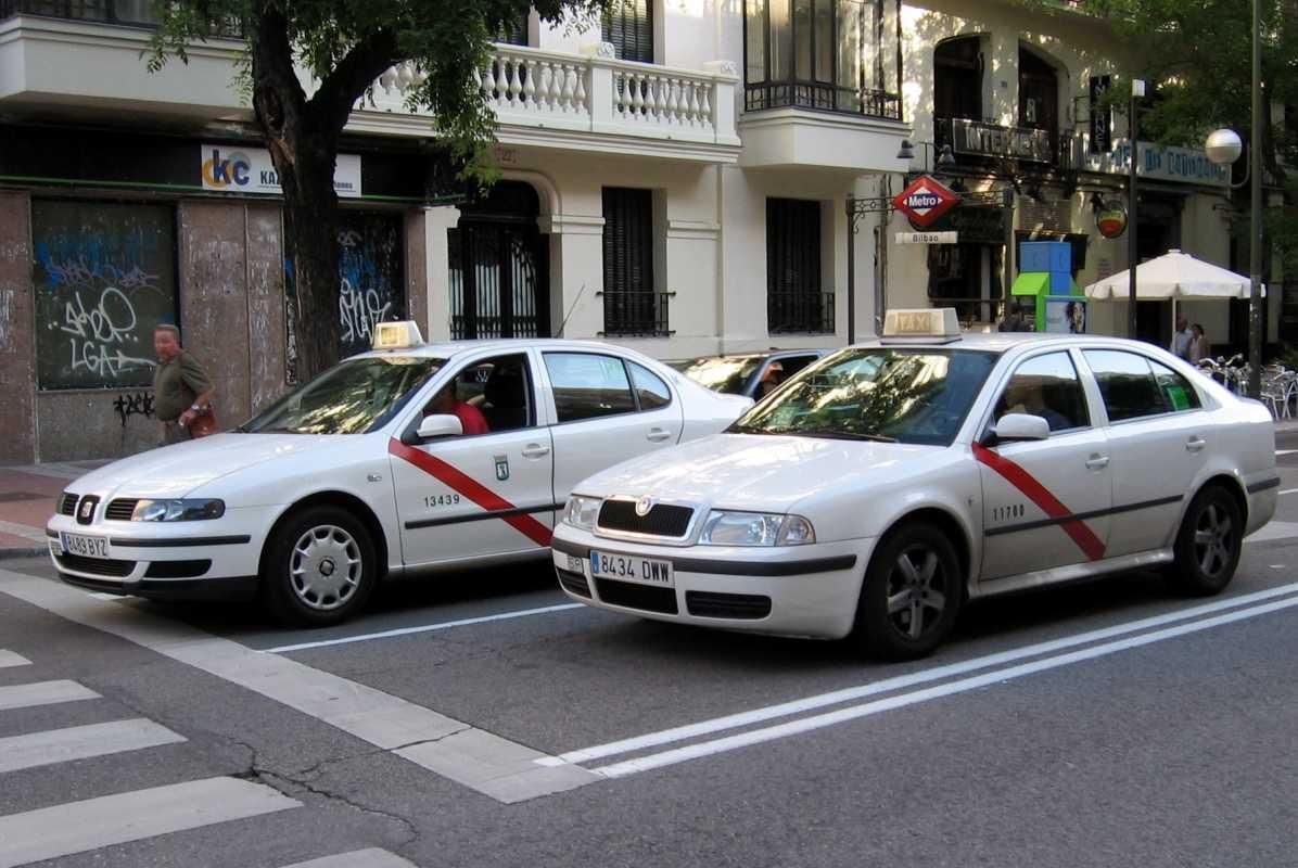 taxi de madrid, imagen para ilustrar post de reclamar a uber, cabify y my taxi