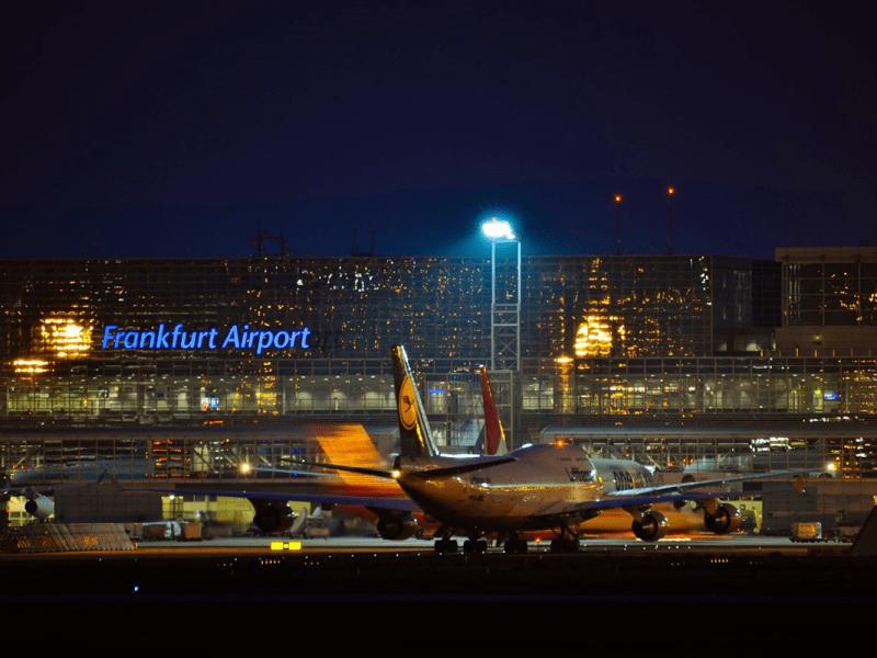 Guía completa para volar a Frankfurt: cómo llegar al centro desde cada uno de sus 2 aeropuertos