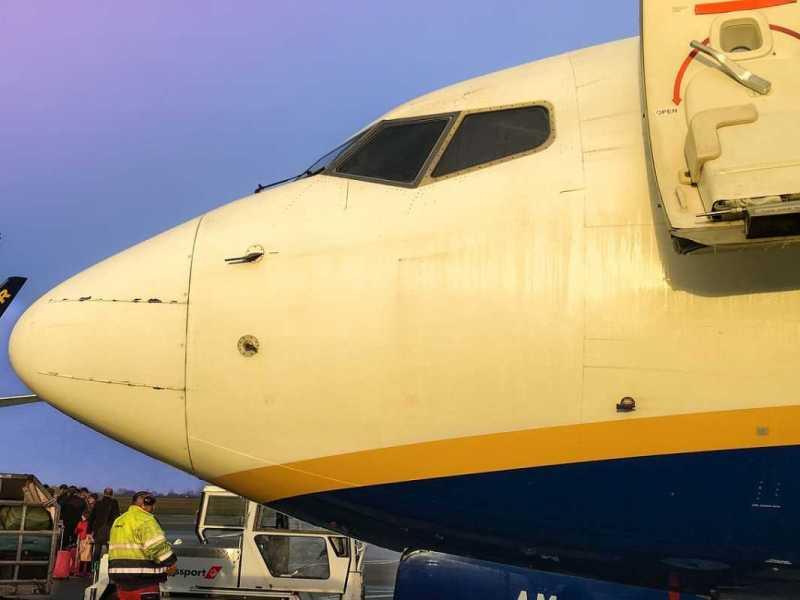 afectados vuelo praga madrid ryanair reclamar indemnizacion
