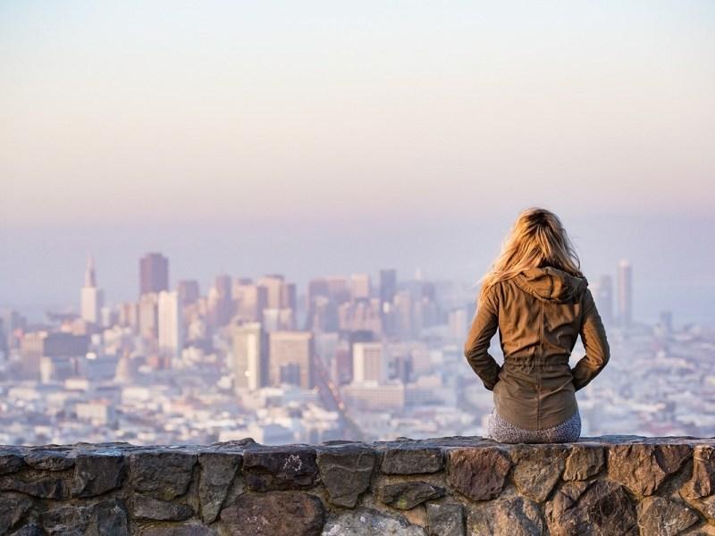 ¿Puedo perder el paro si viajo al extranjero estando cobrando la prestación?