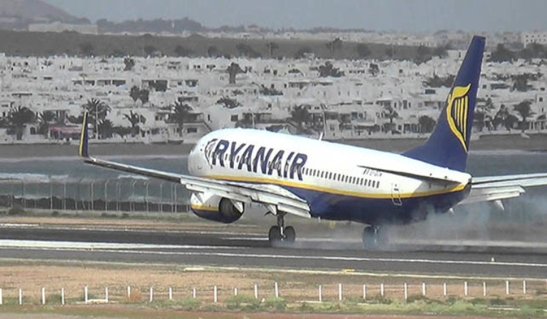 Pelea y aterrizaje forzoso en un vuelo de Ryanair
