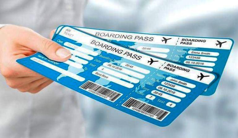 Algunas aerolíneas cobran por modificar datos