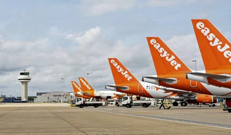 La aerolínea easyJet deja sus aviones en tierra